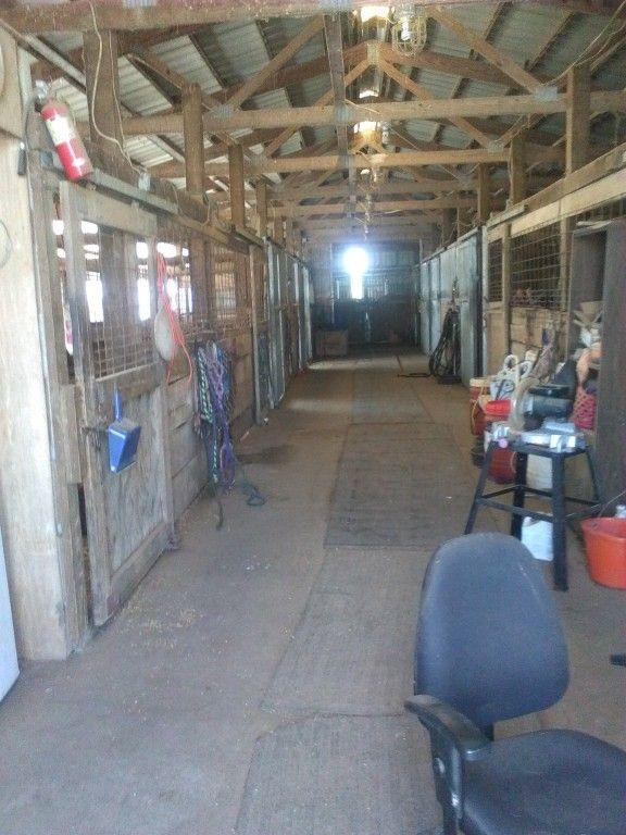 Mekia Horse Farm Horse Boarding Farm In Belleville Illinois