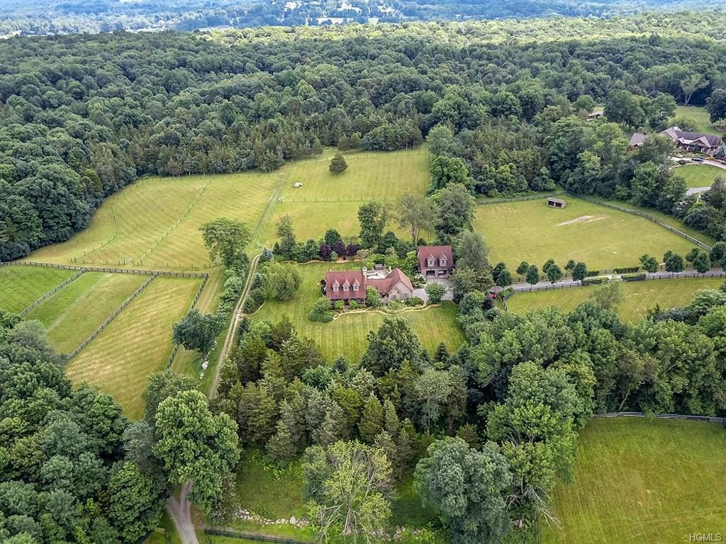 Horse Farms For Sale Or Lease In Riverhead New York