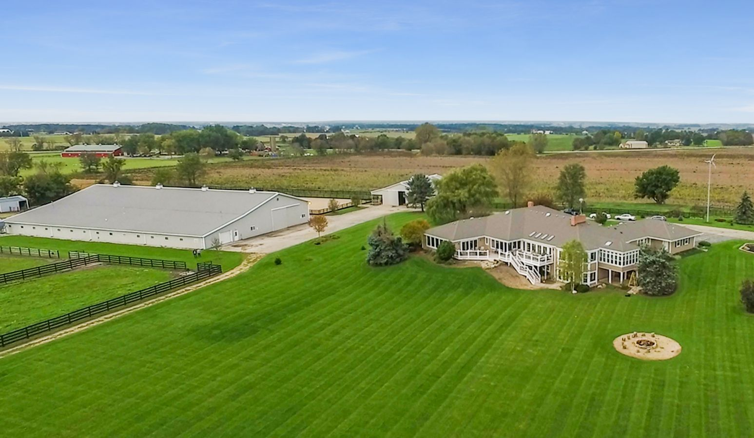 Horse Farms For Sale Or Lease In Elgin Illinois Kane County