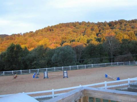 Horse Boarding in Lynchburg, Virginia (Lynchburg City County)