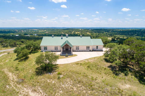 Horse Farms for Sale or Lease in Seguin, Texas (Guadalupe